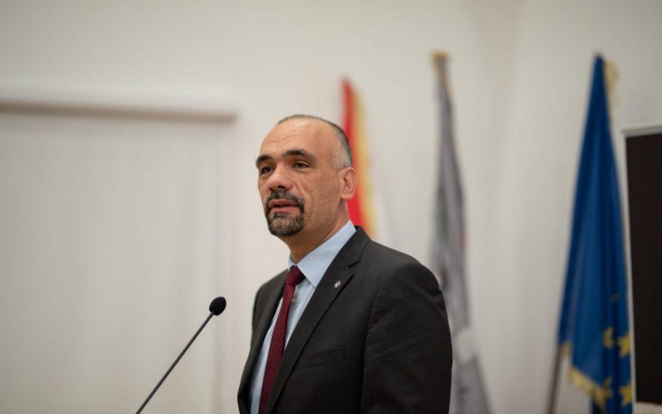 https://huknet1.hr/wp-content/uploads/2020/11/Gradonačelnik-Marko-Jelić-960x600_c.jpg