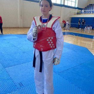 Ana Marija Mikulić kadetska prvakinja Hrvatske; Nika Dodik i Lana Sigut brončanegall-3