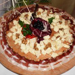 """Manifestacijom """"Sir iz kraljevskog grada"""" Veleučilište """"Marko Marulić""""u Kninu predstavilo projekt o tradicijskoj proizvodnji sira iz mišinegall-9"""