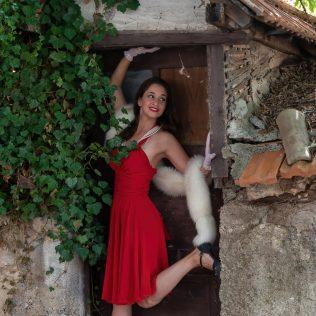 Povratak bukovačke umjetnice korijenima: Intervju s Karolinom Šušom, pjevačicom, plesačicom, glumicom…gall-2